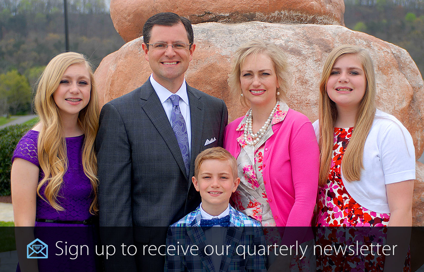 Scott Pauley Family sign up to receive Quarterly newsletter