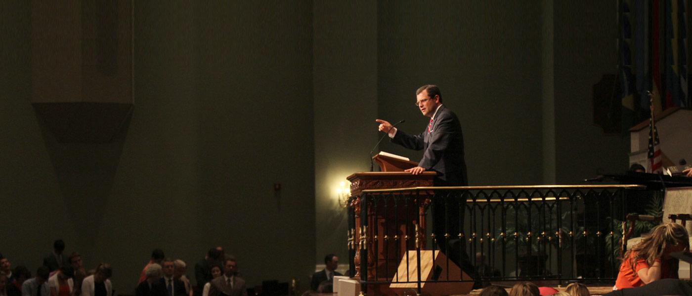 Scott Pauley Preaching