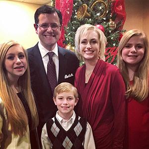 Scott Tammy Pauley family at Christmas